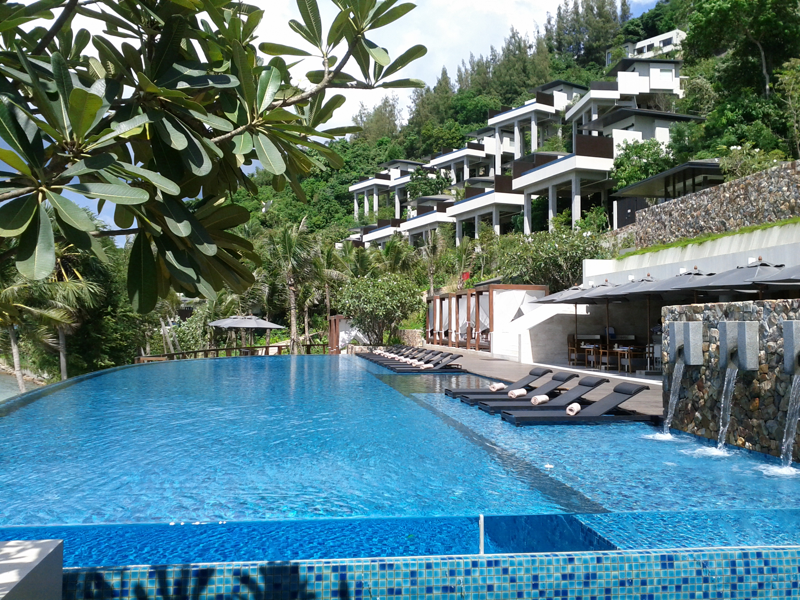 Conrad koh samui resort spa very worthy addition to for Koi pool villa koh tao