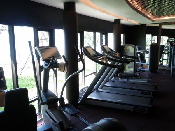 conrad-koh-samui-fitness-center-equipment