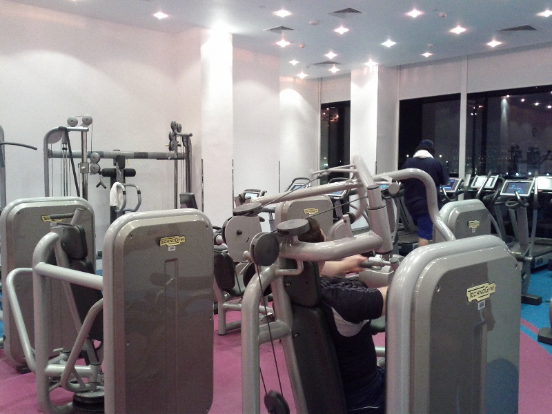 fairmont-bab-al-bahr-abu-dhabi-fitness-center-machines