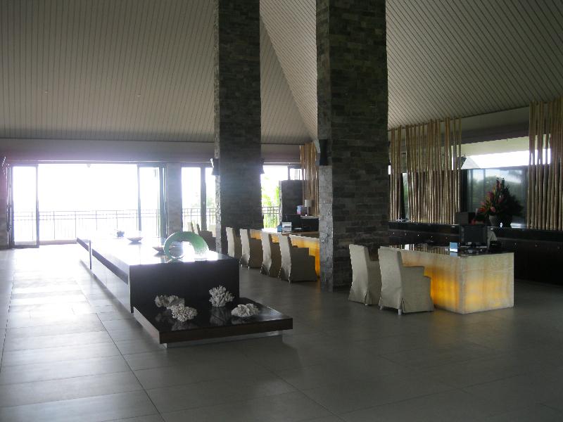 intercontinental-fiji-lobby-area