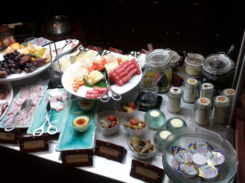 governors-residence-yangon-breakfast-cold-cuts-fruits