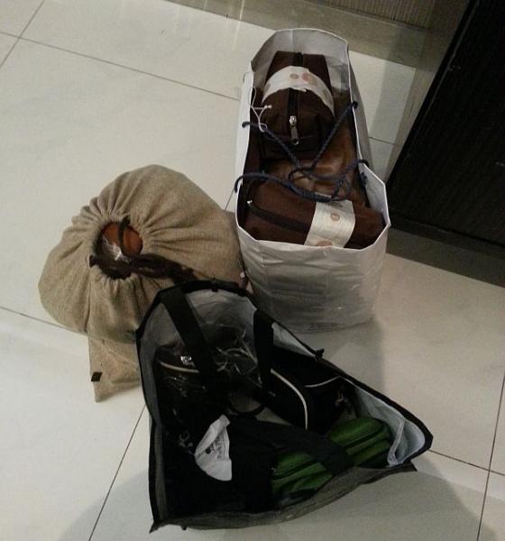 amenity-kits-pajamas-bags