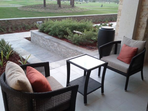 westin-abu-dhabi-golf-resort-spa-deluxe-room-111-outside-sitting-area-chairs