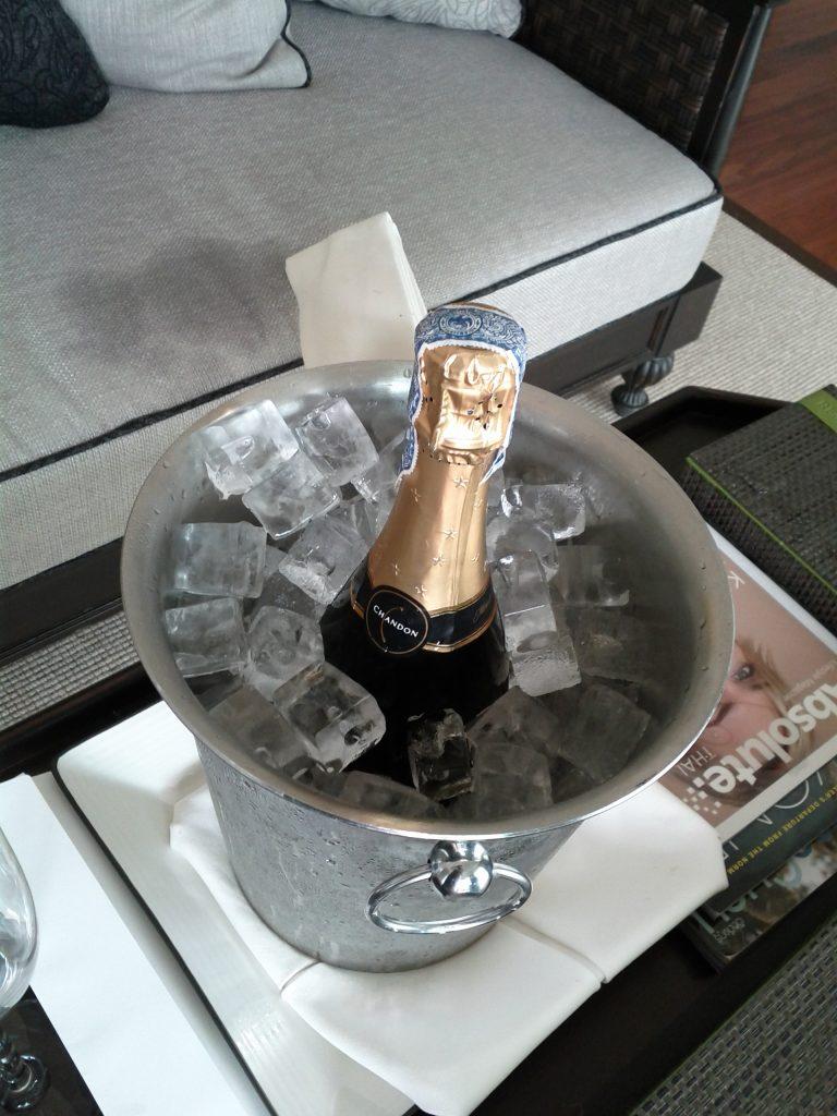 InterContinental Koh Samui Baan Taling Ngam Resort - Suite 510 Sparkling Wine