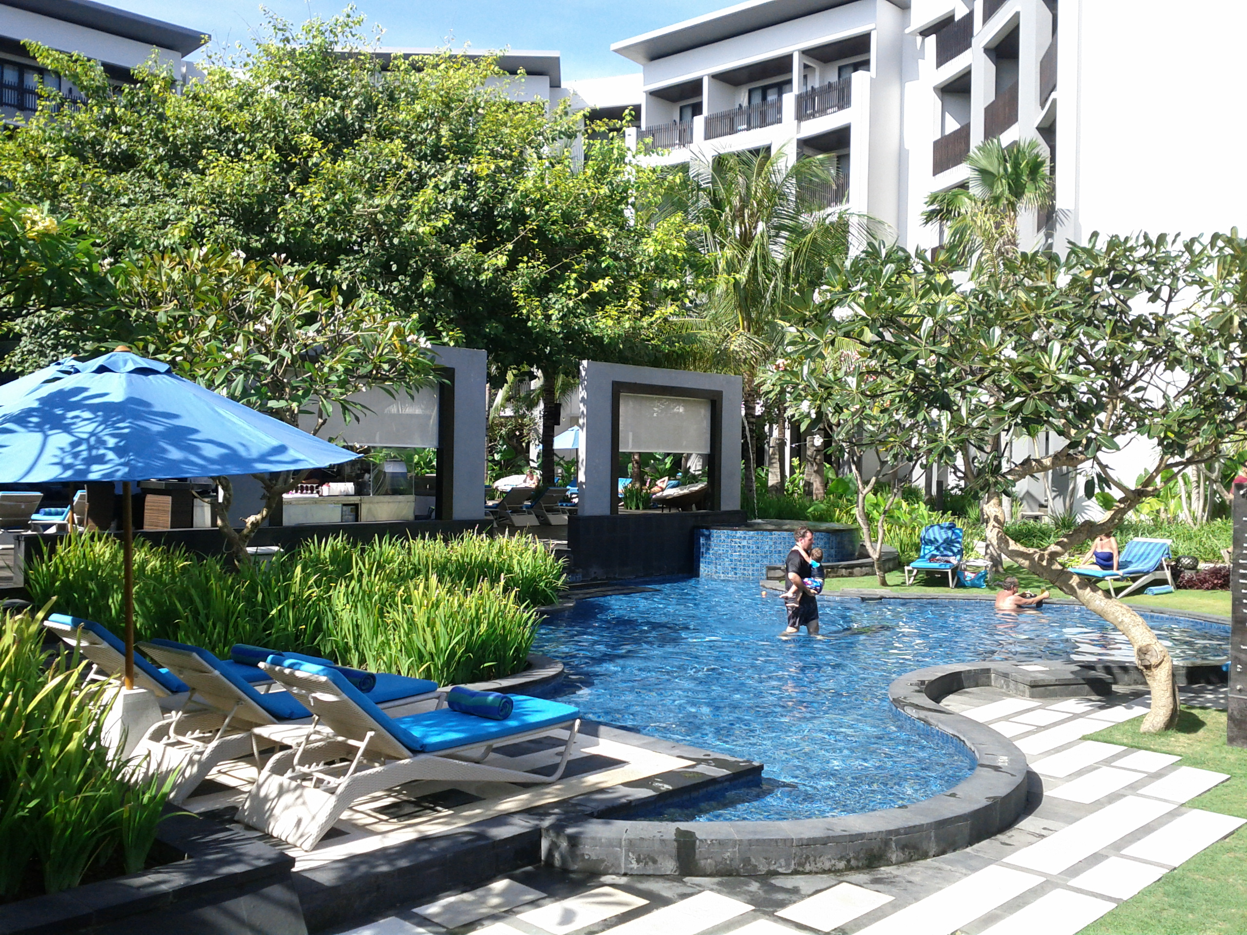 Pullman bali legian nirwana hotel indonesia review of for Pool design bali