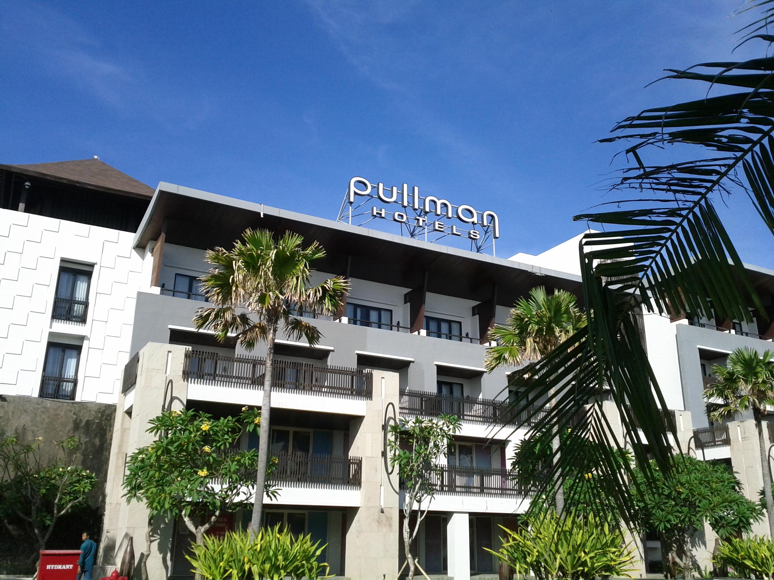 Pullman bali legian nirwana hotel indonesia review of for Hotels in legian bali