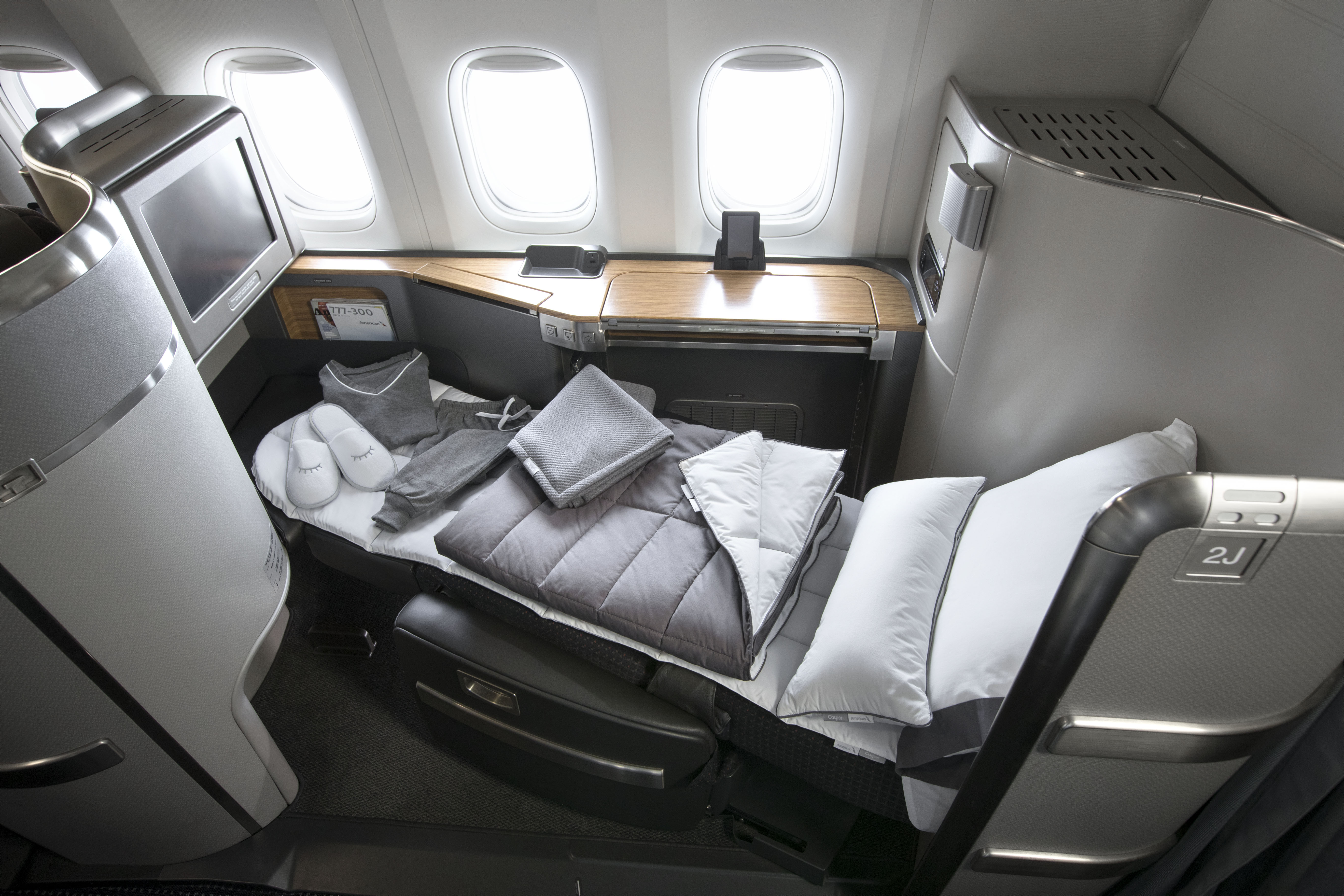 American Airlines Announces A New Suite Of Onboard Bedding