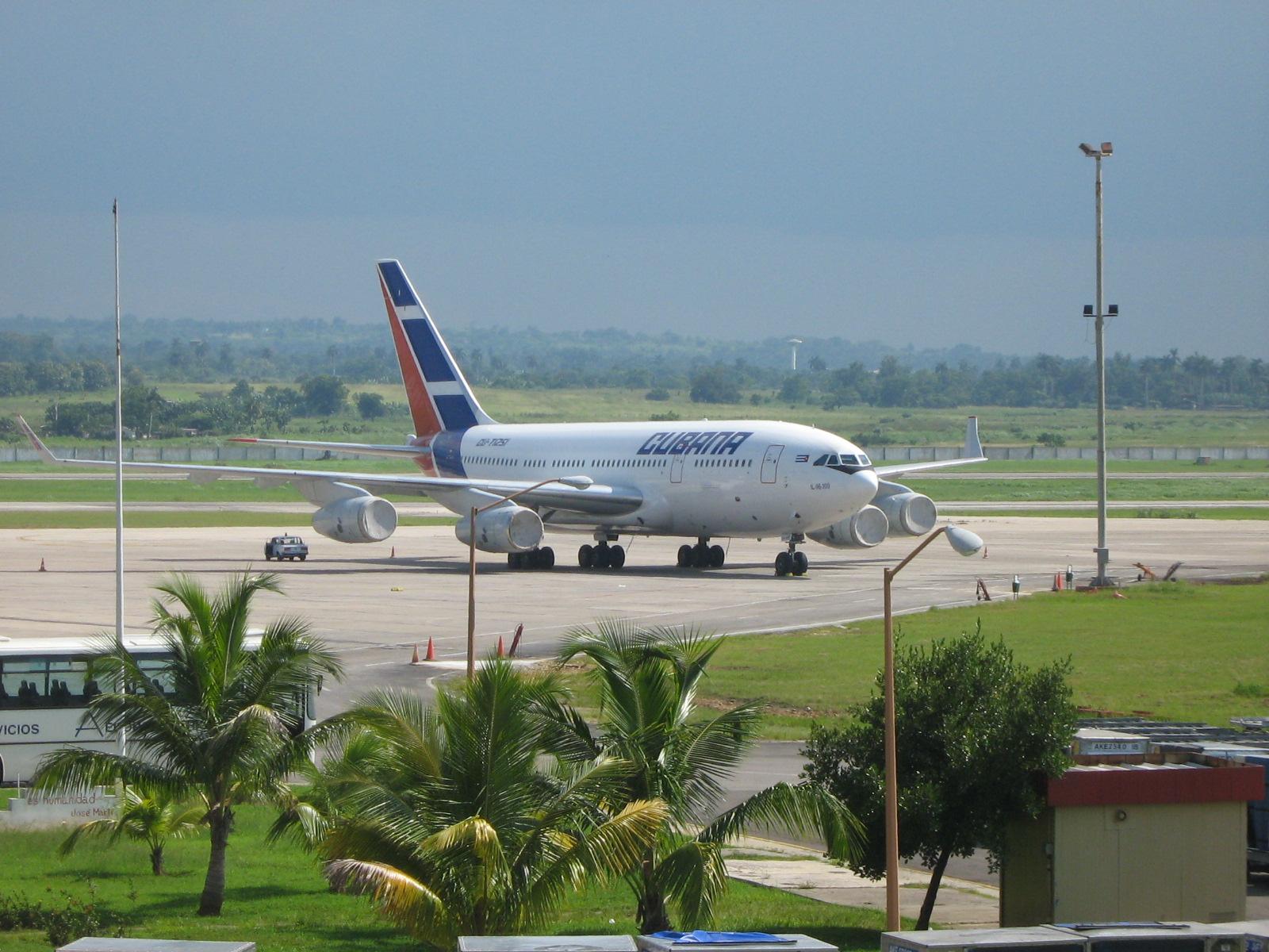Aeroporto Havana Arrivi : Cubana flight crashes after taking off from havana airport