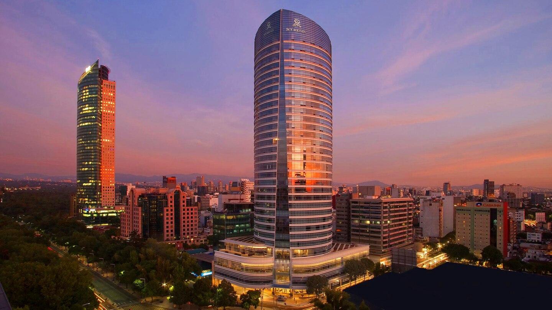 Suite Saturdays: Executive Suite @ The St. Regis Mexico City